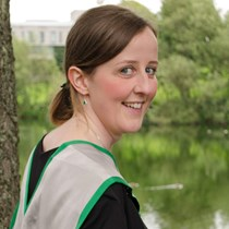 Zoe Loach