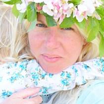 Hollie Flower Evans