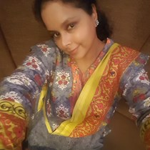 Nadia Hossain