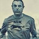 Mik Carr
