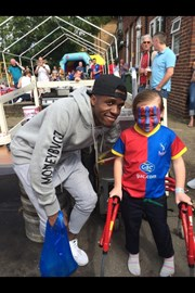 At the Whitehorse fun day for Scarlett, ohh look who happens to walk in.... wilfried Zaha