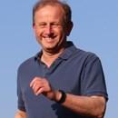 Simon Rhind-Tutt