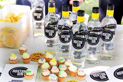 Powered by Hoxton Gin and Love Bakery!