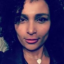 Amelia Santos
