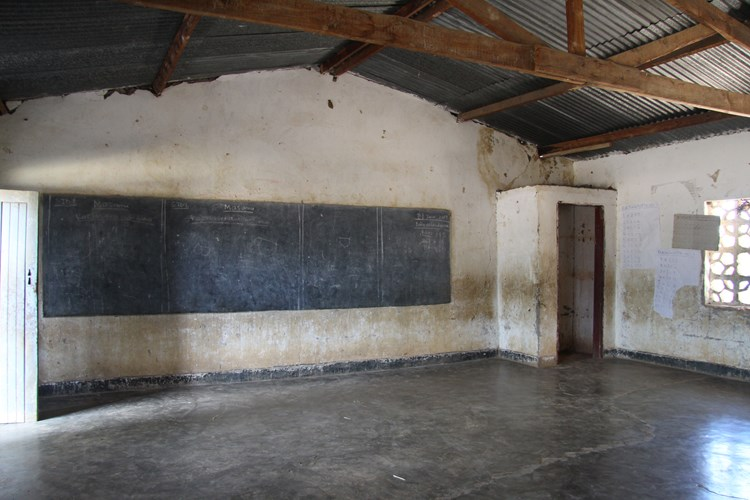 Crowdfunding to Bring light to Chankhokwe School on JustGiving