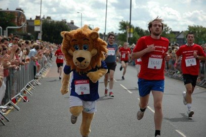 Zampa doing 5km Run at Blackheath Common